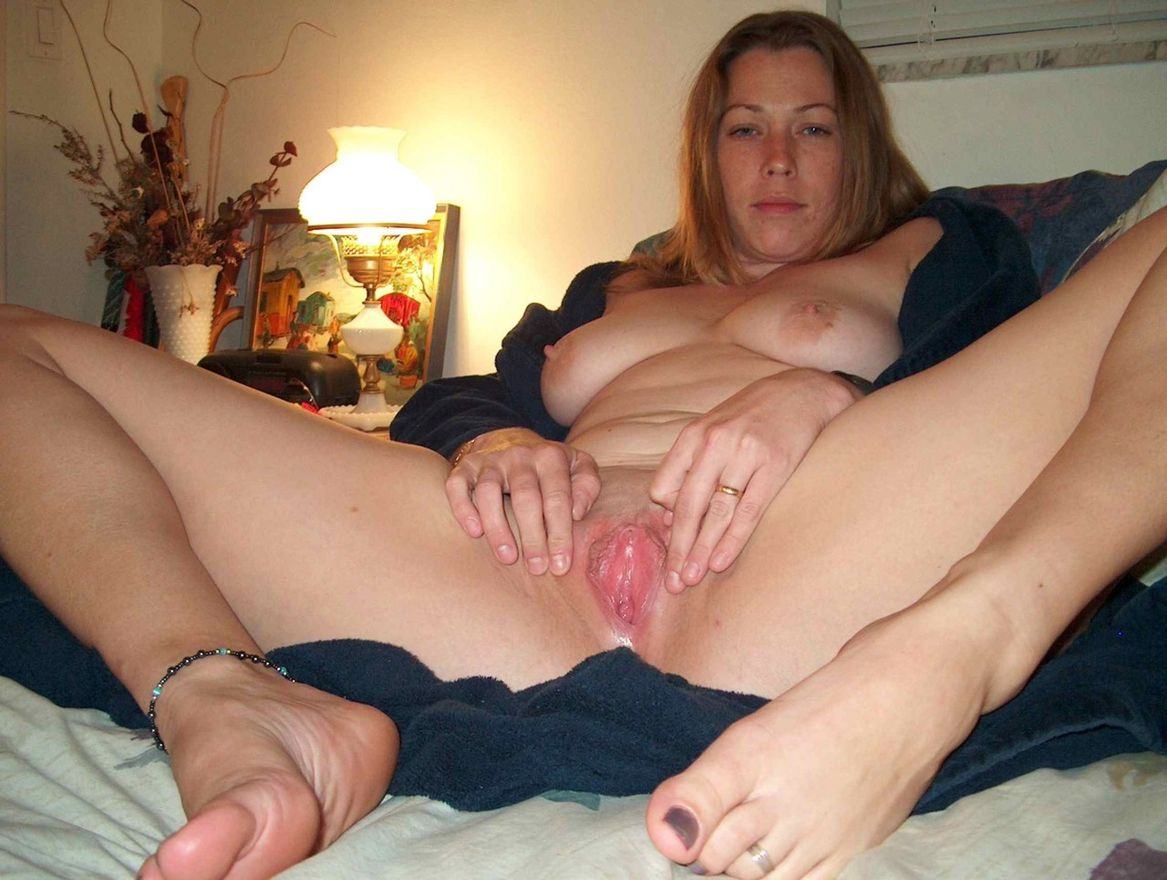 nacked fuck in house wife
